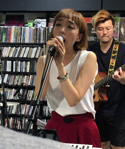 blog-353ものんくるHMV吉田沙良.jpg